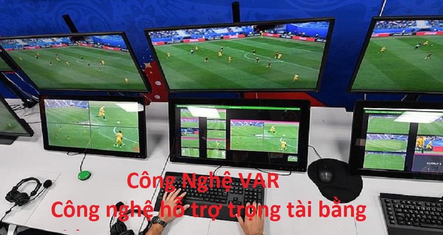 Công nghệ VAR là gì? - Có nên đưa công nghệ VAR vào trận đấu AFF Cup 2018